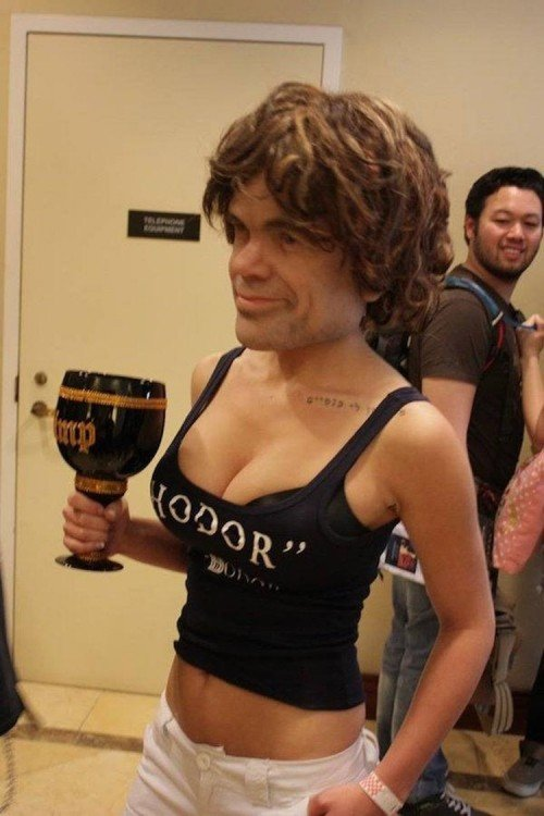 Mujer con rostro de Tyrion Lannister