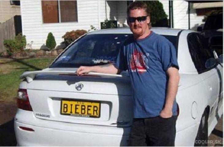 placa de coche de Justin Bieber