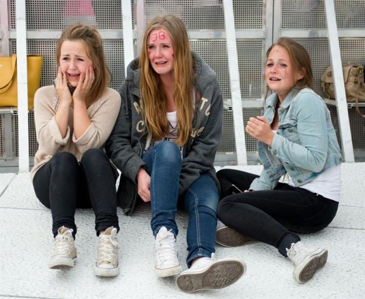 fans de Justin Bieber llorando