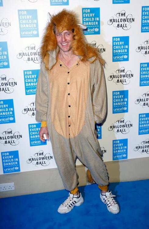 Hugh Grant mal disfraz