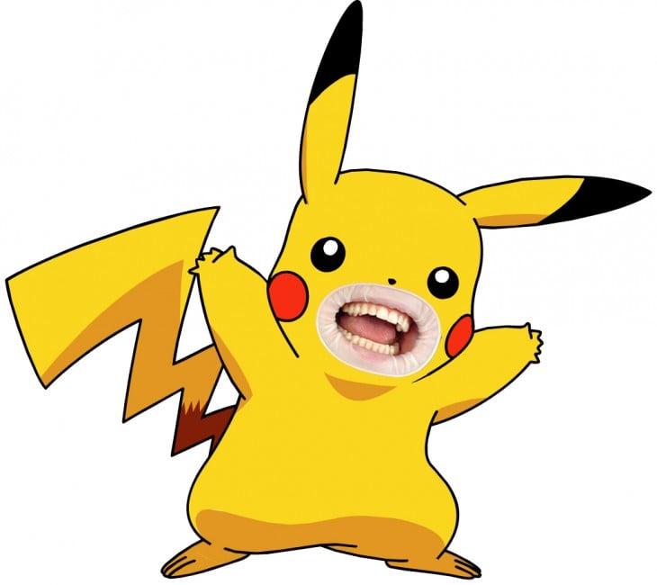 Pikachu con boca humana
