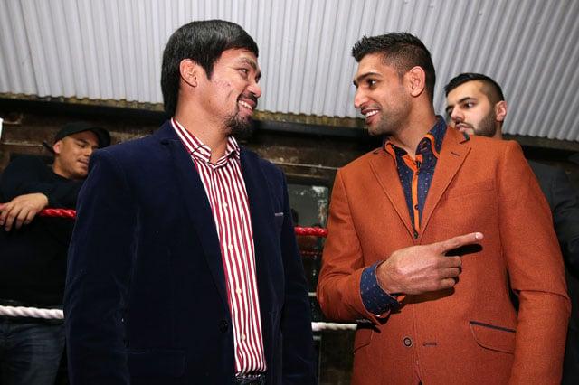 manny pacquiao y amir khan saludandose