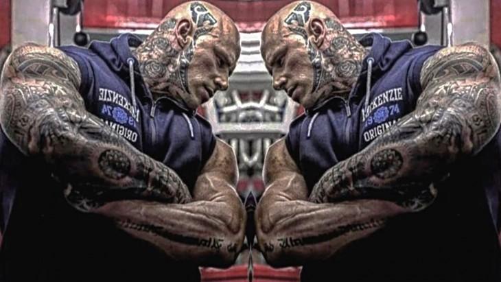 Martyn Ford tatuado