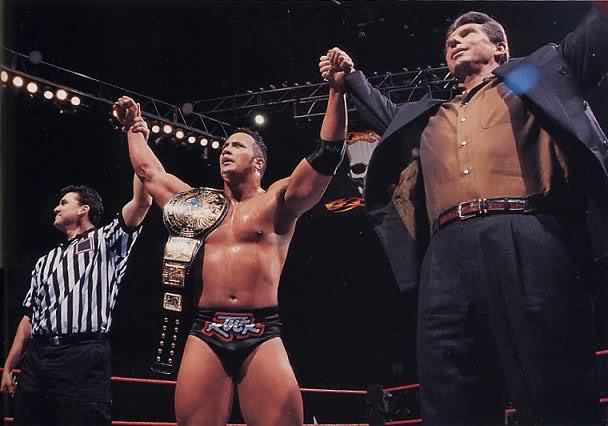 The Rock gana el campeonato mundial