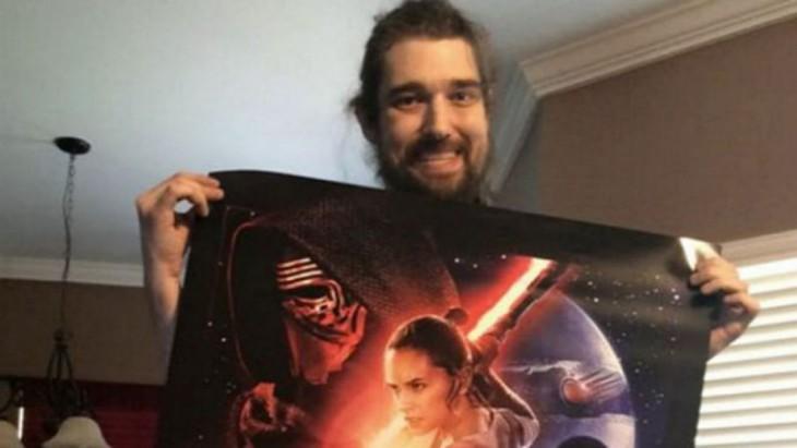 Daniel con manta de Star Wars