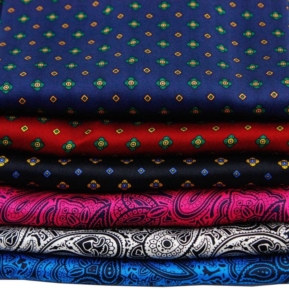 Las maneras en que se debe escoger y usar una bufanda for Telas de toldos por metros