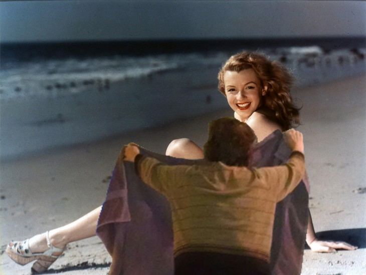 abuelita tapando, Photoshop de Marilyn Monroe