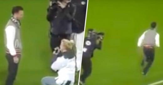 Video: Esta mujer le pidió matrimonio a novio en un estadio ¡y el resultado fue desastroso!