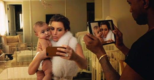 Le ofrecen a Kim Kardashian y Kanye West más de 2 millones de dólares por una foto de su hijo