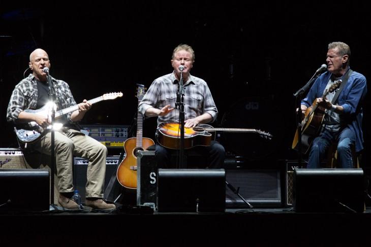 The Eagles en su presentación en California