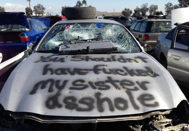 Mensaje en auto de un infiel