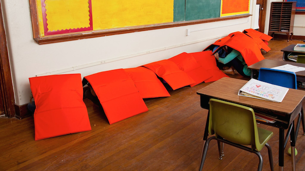 La Manta Guardaespaldas utilizada en salón de clases