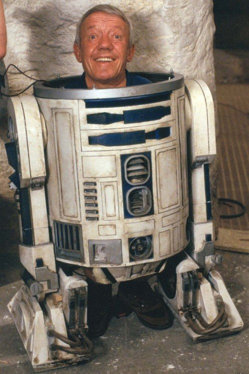 Kenny Baker (R2-D2), 1977 and 2015