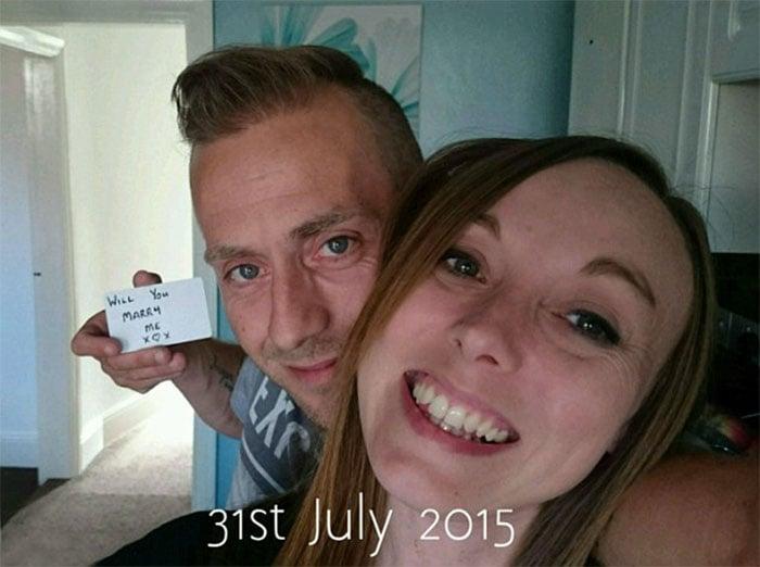 Pidió matrimonio en fotografías durante 5 meses