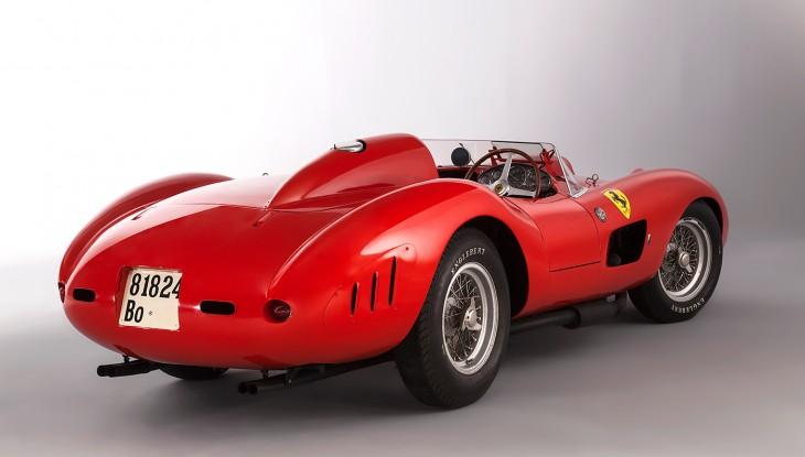 Ferrari 335 S Spider Scaglietti trasero