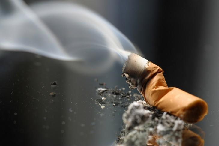 Cigarro encendido