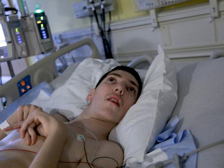 Ethan Kadish chico de 15 años impactado por un rayo