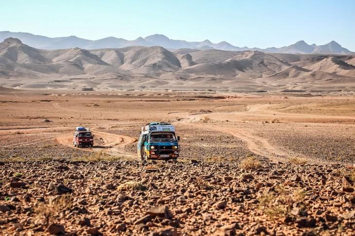 pareja visitó 50 países en su Van