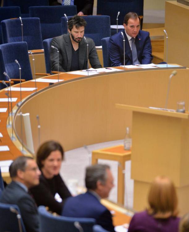 photoshop Primer Ministro de Suecia keanu reeves