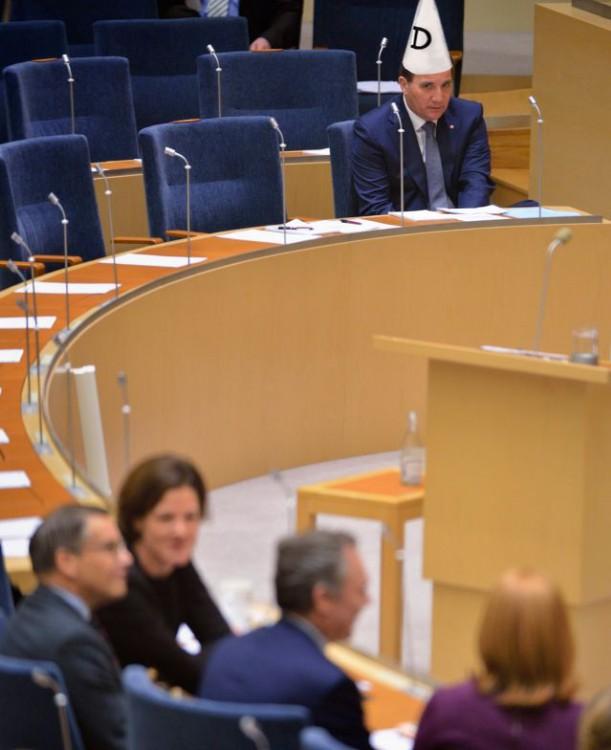 photoshop Primer Ministro de Suecia dumb