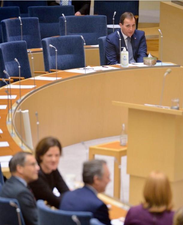 photoshop Primer Ministro de Suecia crema, papel