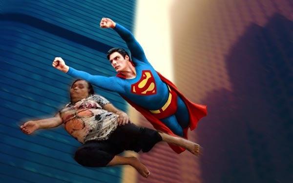 señora se queda dormida, superman