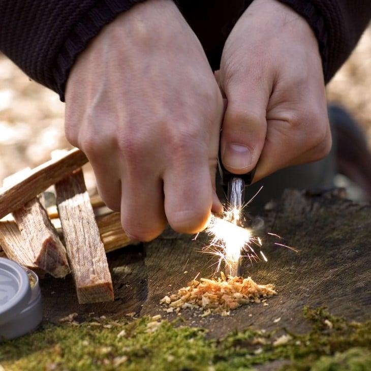 Prender fuego utilizando acero