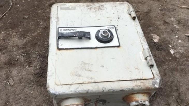 Caja fuerte encontrada en mansión de Pablo Escobar