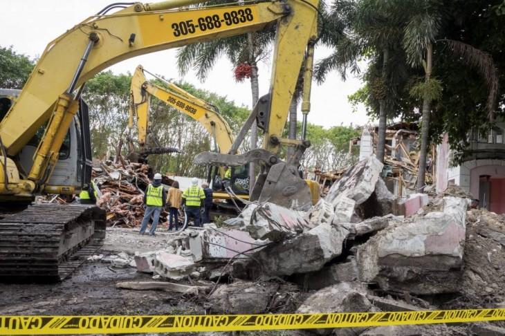 Demolición de la Casa Rosada de Pablo Escobar