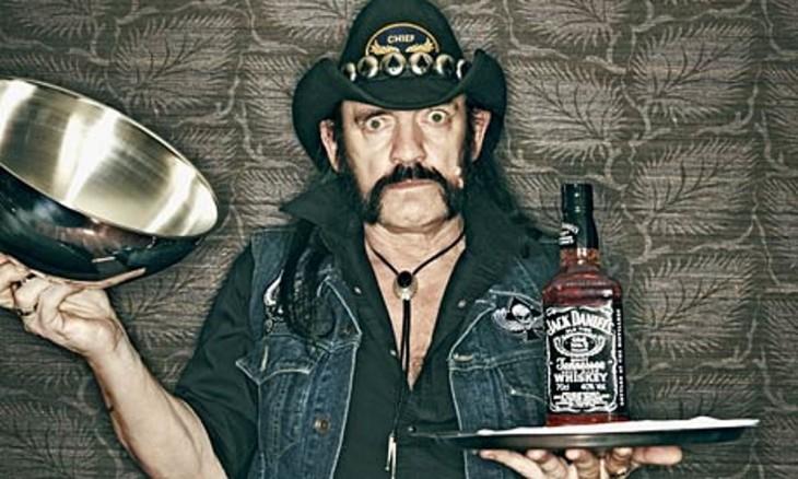 Lemmy Kilmister con Jack Daniel's