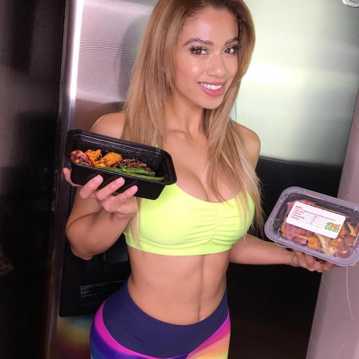 Lais DeLeon muestra su comida