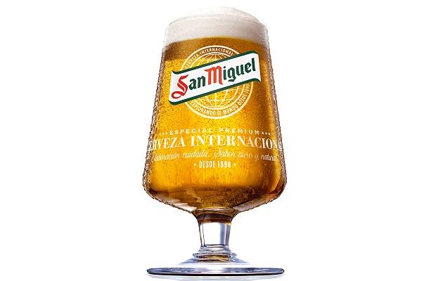 Cáliz cervecero de la marca San Miguel