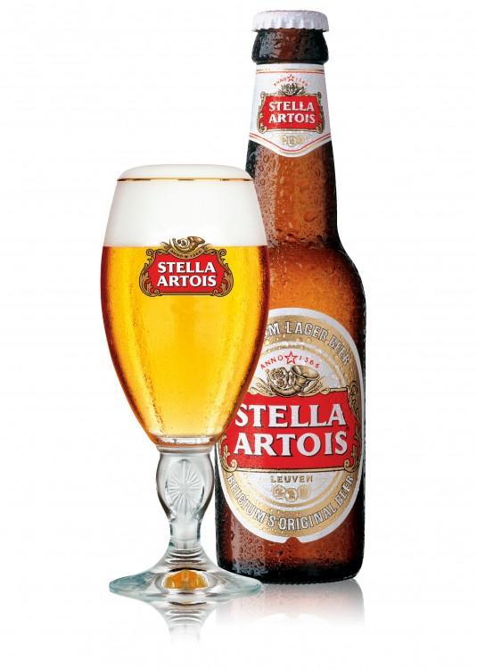 Cerveza Stella Artois con vaso