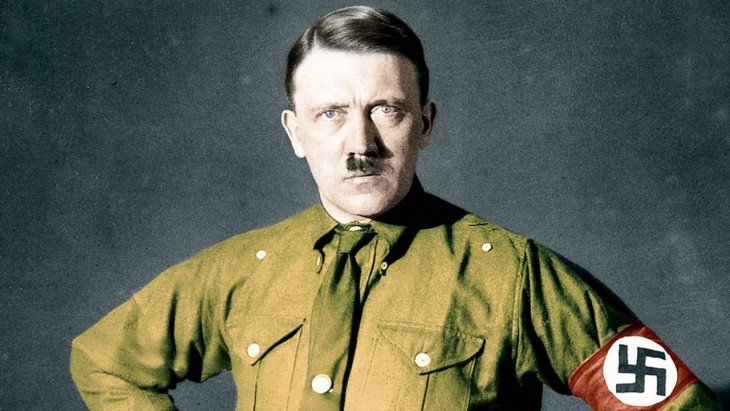 Adolf Hitler a color