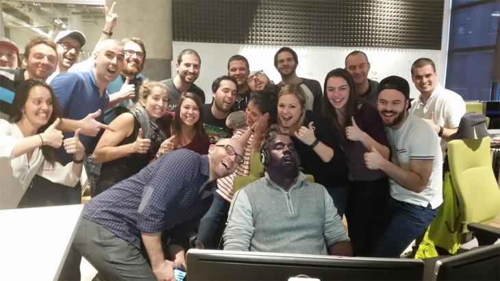 Kanye West dormido bebé photoshop en el trabajo