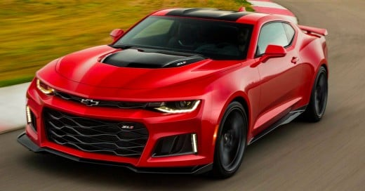 Cover-2017-Chevrolet-Camaro-ZL1-debuts-with-640-hp,-10-speed-auto