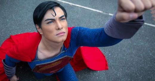 Cover-Filipino-se-opera-26-veces-para-ser-como-Superman