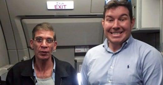 Cover-Secuestran-un-avión-¡y-se-toma-Selfie-con-el-secuestrador!
