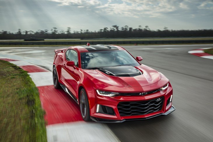 Home / News / Chevrolet / Camaro ZL1 / 2017 Chevrolet Camaro ZL1 Revealed! Packs 640 Supercharged Horsepower! - Official Photos and Info 2017 Chevrolet Camaro ZL1 Revealed! Packs 640 Supercharged Horsepower! 2017 Chevrolet Camaro ZL1