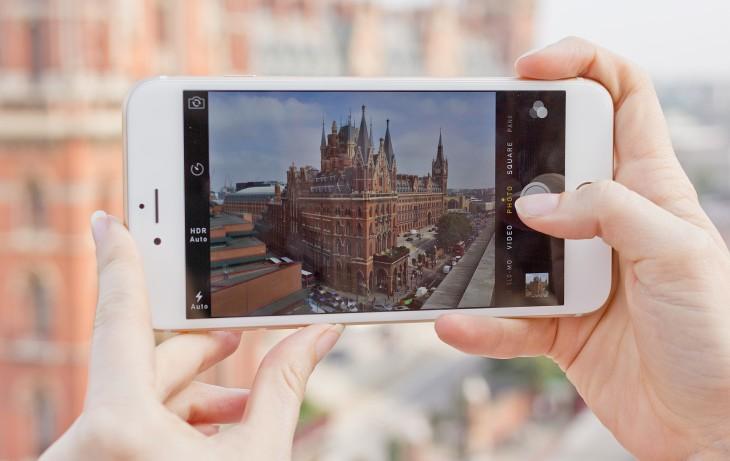 Viendo fotografía en un iPhone