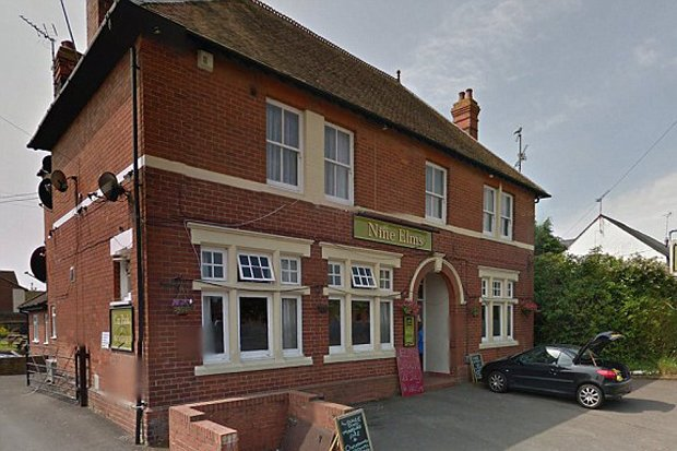 Bar Nine Elms en Inglaterra