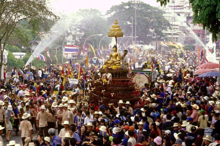 Celebración del año nuevo tailandés