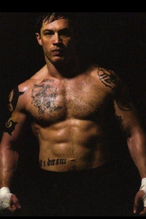 Tom Hardy en la película Warrior