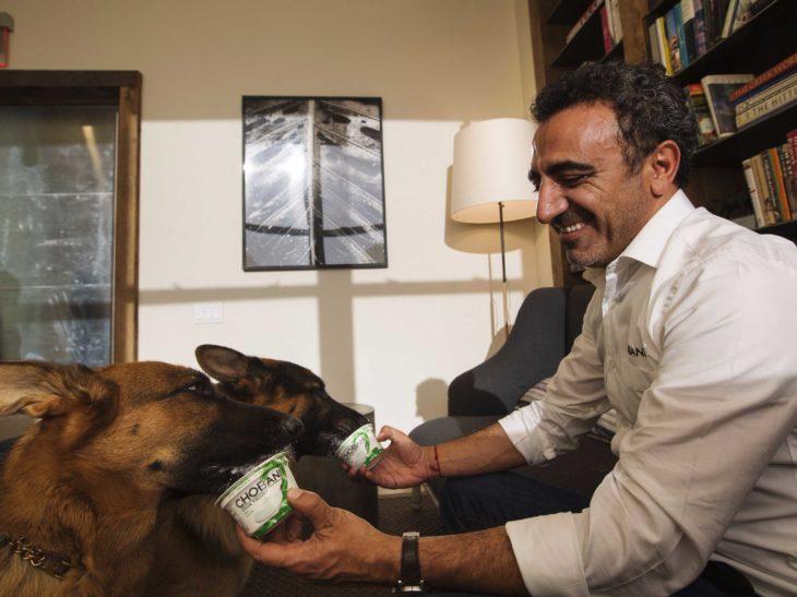 CEO de Chobani alimenta a sus perros con yogur