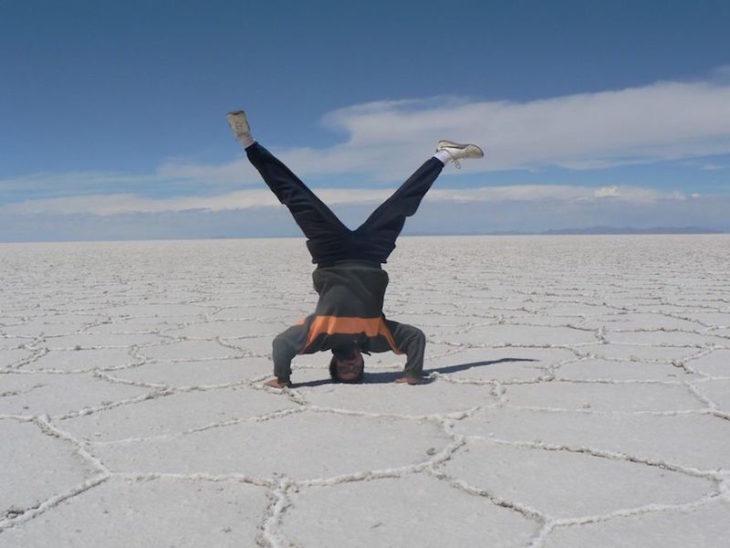 Timotei Rad en desierto de sal