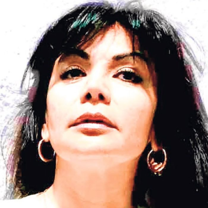 Sandra Ávila de joven. La Reina del Pacífico