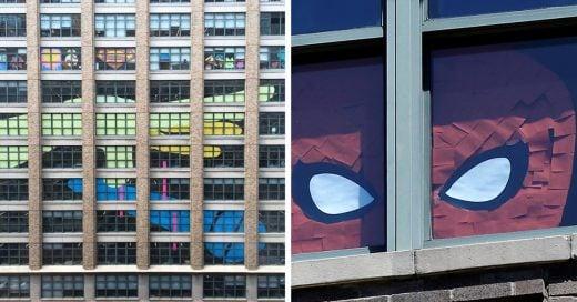 ¡Dos oficinas se enfrentan en una Épica Guerra de Post-It con un increíble Final!