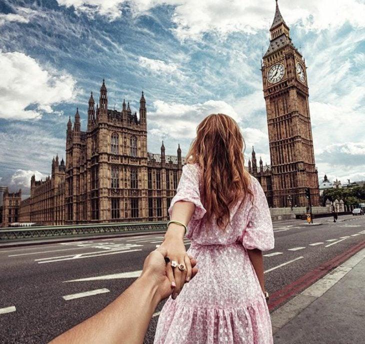 FollowMeTo London