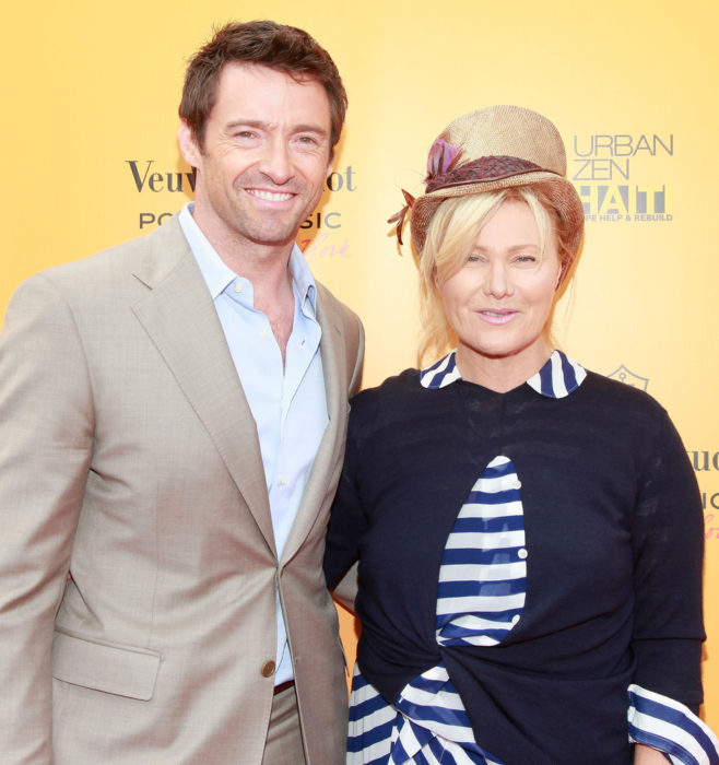 Hugh Jackman y Deborra-Lee Furness se toman un paseo