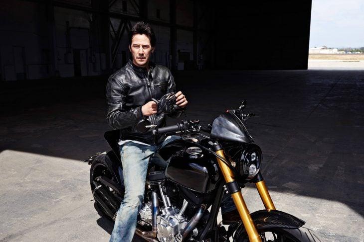 Keanu Reeves en moto